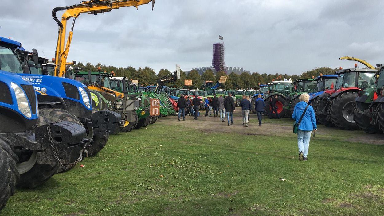 Afbeelding van Boerenprotest: Langs bij het RIVM en het Malieveld in Den Haag staat vol