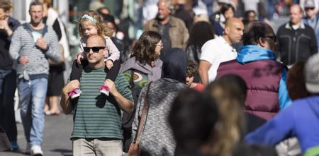 Afbeelding van Bevolking Nederland groeit door minder overledenen en meer migranten